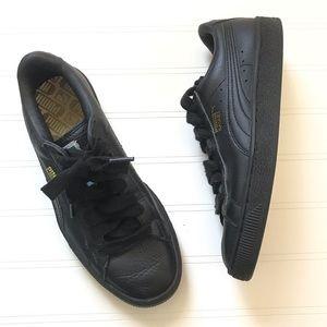 Puma Basket black sneakers size 7
